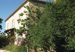 Location vacances  Gers - Five-Bedroom Holiday home Saint Paul De Baise 0 02-2