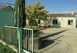 Location vacances Montazeau - Five-Bedroom Holiday Home in St Meard de Gurcon-1