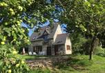Location vacances Yvrandes - The Gingerbread House Cottage-1