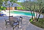 Location vacances Collobrières - Villa in Gonfaron-2