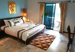 Hôtel Pa Tong - Nirvana Hotel