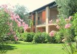 Location vacances Polpenazze del Garda - Beautiful cottage in the vineyard with shared pool-2