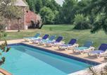 Location vacances  Deux-Sèvres - Holiday home St Aubin du Plain Gh-1372-2