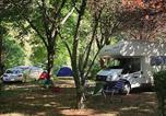 Camping avec Site nature Saint-Urcize - Huttopia Gorges du Tarn-2