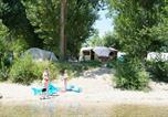 Camping avec Piscine couverte / chauffée Meyrueis - Camping Les Peupliers-4
