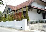 Location vacances Yogyakarta - Griya Eyang Newu-1