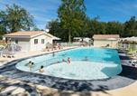 Camping avec Piscine Vaux-sur-Mer - Camping Les Chèvrefeuilles -1