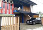 Hôtel Indonésie - Oyo Life 3124 D' Moonz Kost And Cafe-2