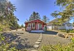 Location vacances Hoquiam - Ocean Shores Retreat with Porch and Canal Views!-3