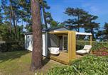 Camping avec Accès direct plage Charente-Maritime - Flower Camping Saint Tro'Park-1
