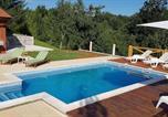 Location vacances Ogulin - Villa Perici-1
