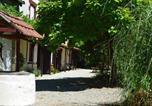 Location vacances Verteuil-sur-Charente - Le Quereau Cottages-1
