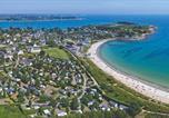 Camping avec Piscine couverte / chauffée La Trinité-sur-Mer - Camping  De La Plage-1
