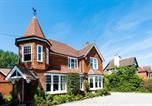 Location vacances East Grinstead - The Lawn Guest House Gatwick-3