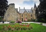 Hôtel Les Veys - Chambres Château D'agneaux-1