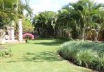 Hôtel Flic en Flac - Colonial Villa On Golf Estate-2