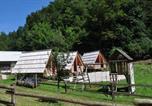 Location vacances Naklo - Wooden Cabin Kamna Gorica-3
