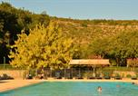 Camping avec Piscine Joyeuse - Camping Les Platanes-1