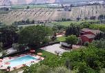 Location vacances  Province de Teramo - Beautiful Cottage in Colonnella with Swimming Pool-3