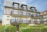 Location vacances Villers-sur-Mer - Apartment Le Vert Clos-1
