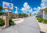Villages vacances Key Biscayne - Riptide Rv Resort and Motel-1
