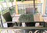 Location vacances Flic en Flac - Apartment Avenue Nenuphar-1