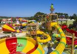 Camping Givrand - Capfun - Domaine les Dauphins Bleus-3