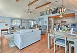 Location vacances Clarksville - Exceptional Home on Lake Barkley w/Fire Pit & Bar!-2