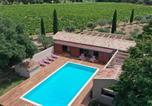 Location vacances Grimaud - Magnifique villa avec piscine au coeur des vignes-1