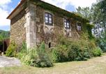 Location vacances Anadia - House with 3 bedrooms in Freimoninho with wonderful mountain view enclosed garden and Wifi-1