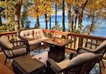 Location vacances Victor - Maple Cottage on Secret Cove in Parkland-1