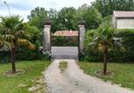 Hôtel Serves-sur-Rhône - Les palmiers de mauves-2