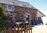 Location vacances Pléboulle - Holiday Home Frehel - 04-3