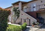 Location vacances Saissac - Appartement T3 de 60 m2 avec piscine et parking-4