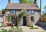 Location vacances Thorpe Market - Rose Cottage-1
