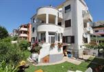 Location vacances Baška - Apartments with a parking space Baska, Krk - 5443-1