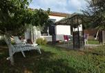 Location vacances Saint-Saturnin-lès-Avignon - La Maison sous l'olivier-1