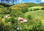 Location vacances Anglards-de-Saint-Flour - Les Trois Noyers-1