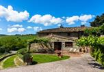 Location vacances Greve in Chianti - Cozy Holiday Home in Greve in Chianti with Swimming Pool-1