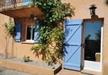 Location vacances Vidauban - Appart &quote;Pins & parasol&quote;, piscine chauffée et bain à remous - Axelle Loc'Appart-2