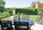 Location vacances  Huelva - Three-Bedroom Apartment in Ayamonte-1