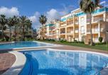 Location vacances  Alicante - Apartment La Riviera-1