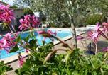 Location vacances Rustiques - La Gallinette-1