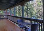 Location vacances Oakhurst - Sierra Creekside Cabin-3
