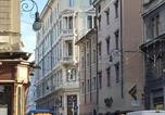 Location vacances  Province de Trieste - Palazzo Salem M1 Roof Garden-4