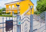 Location vacances Omišalj - Appartments Adriatic-1