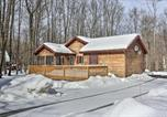 Location vacances Clarks Summit - Spacious Lake Ariel Resort Home with Game Room!-3