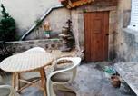 Location vacances Salduero - House with 2 bedrooms in Covaleda with enclosed garden-1