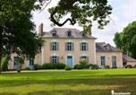 Location vacances Loscouët-sur-Meu - Château Du Pin - Les Collectionneurs-3