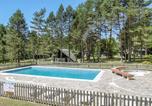 Camping avec Piscine couverte / chauffée Salignac-Eyvigues - Camping Le Vianon-1